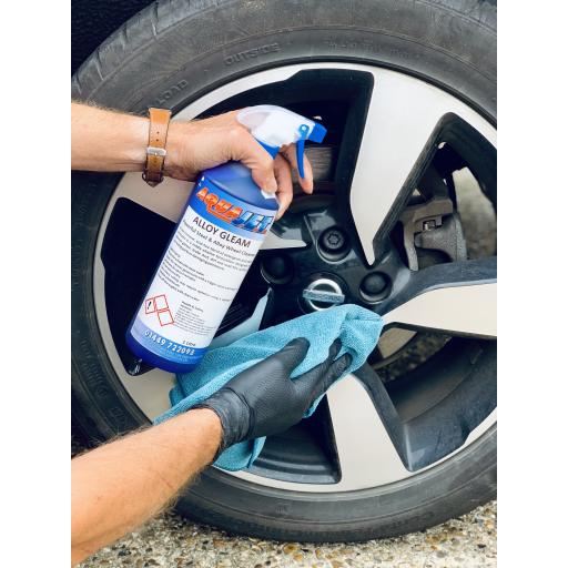 Alloy Gleam alkaline Steel & Alloy wheel cleaner